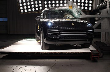 Official Porsche Cayenne Safety Rating