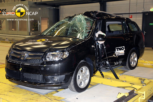 Official dacia logan mcv 2014 safety rating results 1 publicscrutiny Image collections