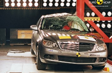 Official Mercedes Benz C Class 2009 safety rating results
