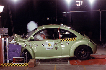 Official vw beetle 2000 safety rating for Interieur new beetle 2000